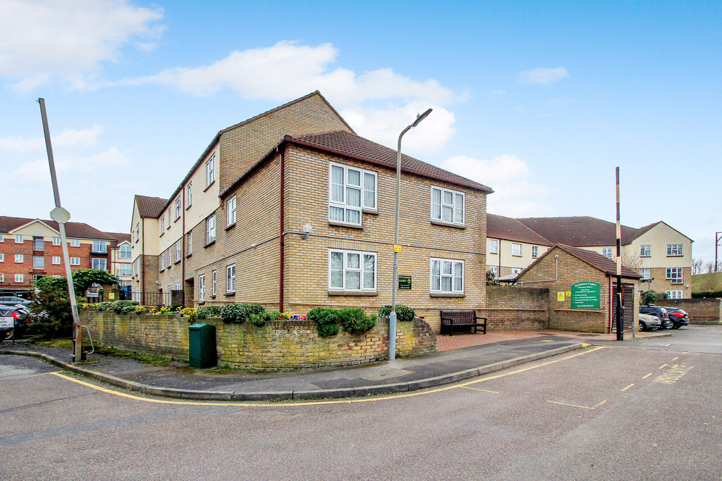 Sycamore Court, Wickford